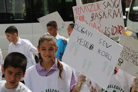 Bismil Belediyesi Temizlik Kampanyası Başlattı