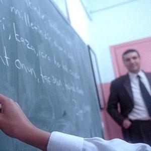 Lisans Mezunlarına Öğretmenlik Müjdesi