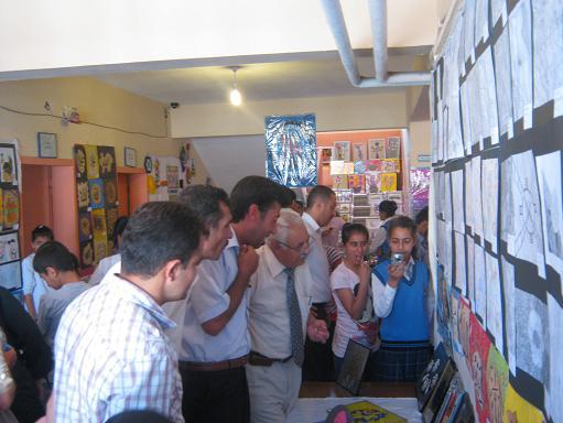 Kurtuluş İlköğretim Okulu Sergi düzenledi