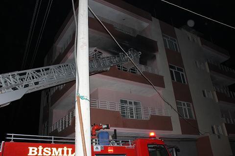 Bismil Belediyesi İtfaiye Amirliği üç vardiya ile 24 saat hazır bekliyor