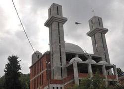 Cemaat Minareyi 'Haç'a benzetince