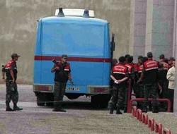 Diyarbakır'da 38 KCK Zanlısı Adliyeye Sevk Edildi