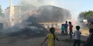 Bismil'de saman yüklü kamyon alev aldı