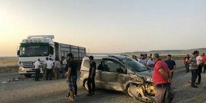 Mıcır dökülen yolda aynı gün yaşanan 3 kaza isyan ettirdi.