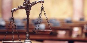 Avukatlar mesleklerindeki artıştan endişeli