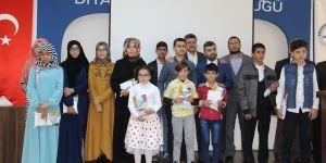 Dini bilgiler yarışmasında dereceye girenlere ödülleri verildi