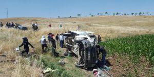 Tarım işçilerini taşıyan kamyonet devrildi: Bir ölü, 34 yaralı