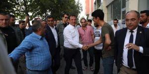 İmamoğlu Diyarbakır 'dan Batman'a geçerken, Bismil'de mola verdi.