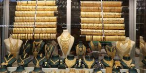 Altın fiyatları vatandaşı da kuyumcuyu da olumsuz etkiliyor
