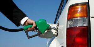 Benzin ve motorinde 23 kuruş indirime gidildi