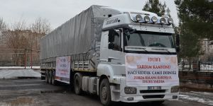 Diyarbakır'dan İdlib'e 1 TIR yardım gönderildi