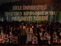 Dicle Üniversitesi'nde Mezuniyet Töreni